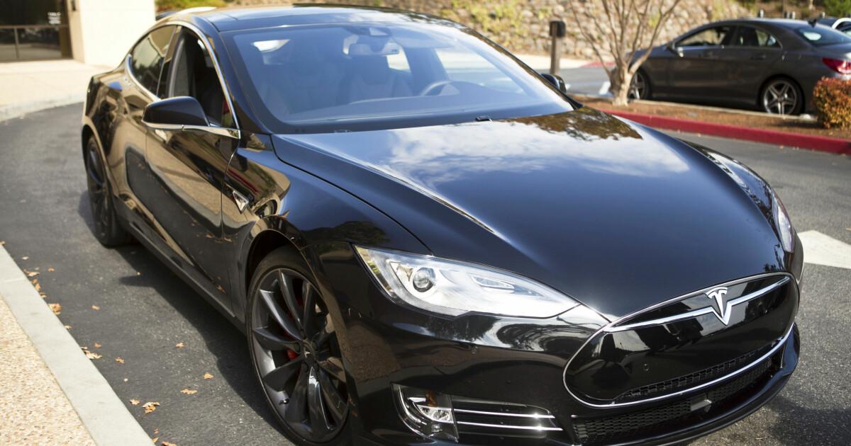 Faktisk helt feil: Tesla er store, tunge biler som sliter på veien