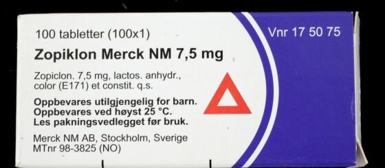 Image: Jo, du kan kjøre bil selv om du tar medisin med rød trekant
