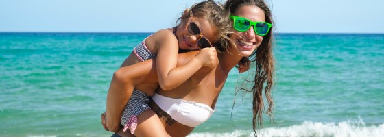 Image: Er bikini på småbarn greit?