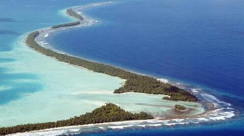 Trodde lenge at øya ville forsvinne om 200 år. Nå tviler de på om barna kan bli voksne her