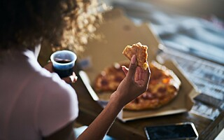 Image: Spiser du ofte foran tv-en? Det bør du unngå