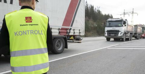 Image: Forlenger utløpsdato for førerkort