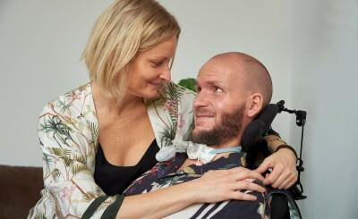 Image: Assistenten ble forelsket i sin ALS-syke sjef