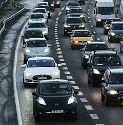 Image: - Lyser denne varsellampen, må du stoppe bilen