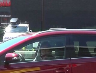 Image: Emilie satt i bilen til gradestokken viste 90 grader: - Et voldsomt traume