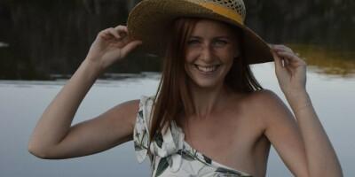 Image: Rebekka lagde bikini av gammel bluse