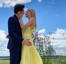 Image: Hyller sønnen (21) etter sjokk-forlovelsen