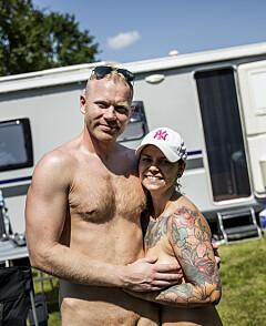 Image: Karina og Magnus elsker nakenyoga
