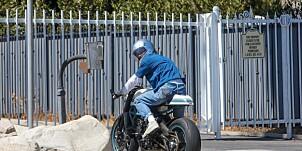 Image: Brad Pitt overrasket hjemme hos ekskona