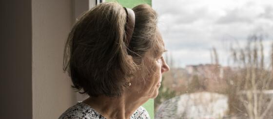 Image: Gir 400 millioner til ensomme eldre