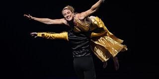 Image: Hylles for dansen: - Felte en tåre