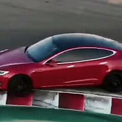 Image: Elon lover verdens råeste bil