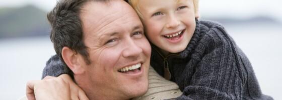 Image: Ny studie: Menn med «pappakropp» anses som bedre fedre