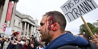 Image: Voldelig covid-19-demonstrasjon i London