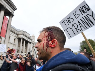 Image: Ti pågrepet etter covid-19-demonstrasjon i London