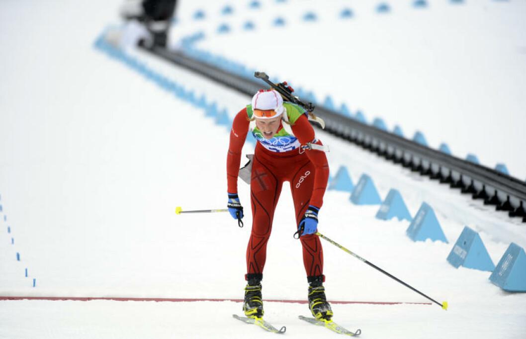 ... og så Tora Berger krysse målstreken på 33. plass. Photo: SCANPIX