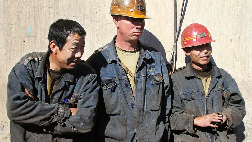 BEDRE TIDER; Sikkerheten og betingelsene er blitt bedre for arbeiderne ved Wuhushan-gruva. I 1982 var månedslønna på snaue 80 kroner. I dag er den på omlag 2000 kroner. Foto: Kristoffer Egeberg