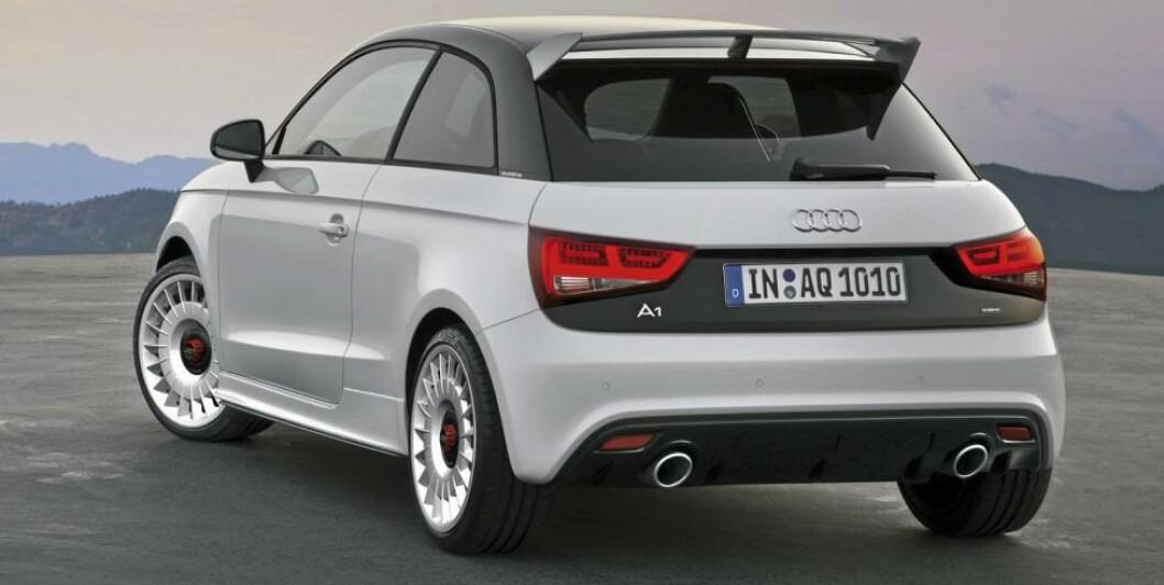 <strong>SPESIELL:</strong> Takspoiler og kraftige eksospotter avslører at dette ikke er en helt  vanlig A1. Foto: Audi