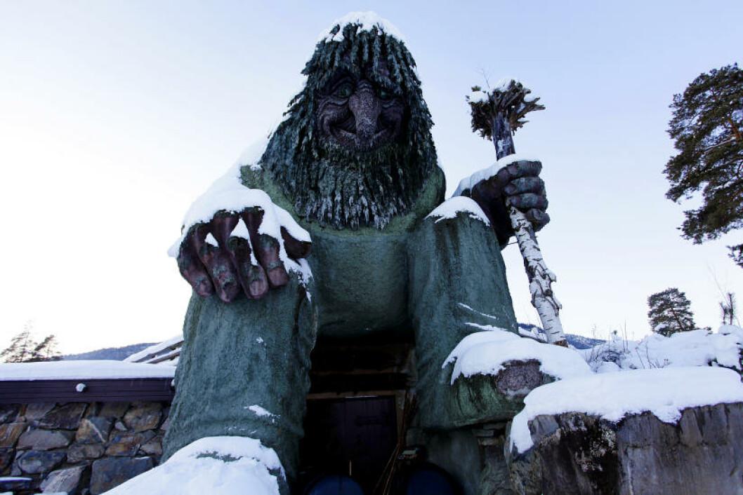 <strong>HUNDERFOSSEN:</strong> Også verdt et besøk på vinterstid. Foto: OLE C.H. THOMASSEN