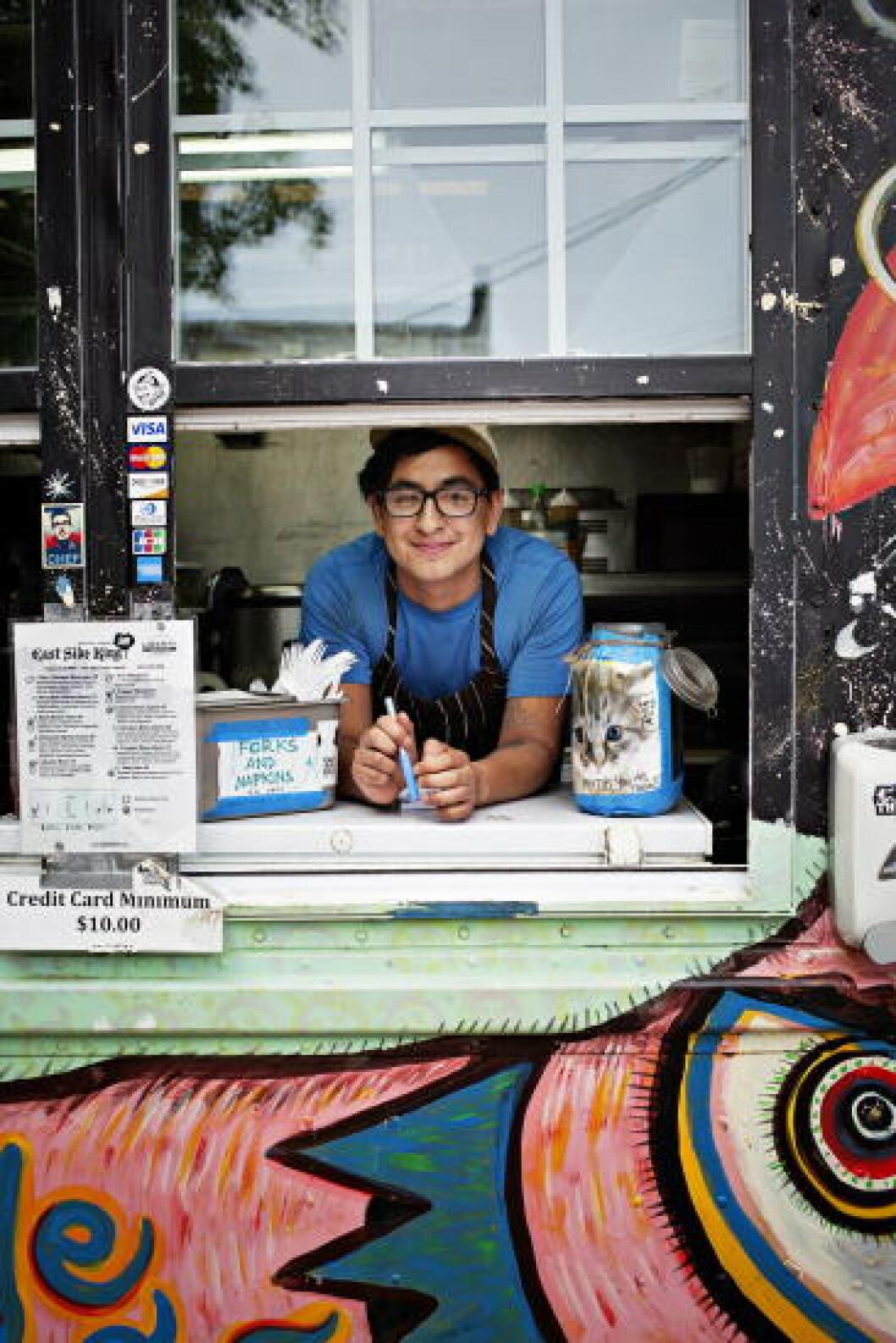 EN AV DE BESTE: Kokk og daglig leder for gatekjøkkenet East Side King, Nicholas Luiva.Foto: JO STRAUBE