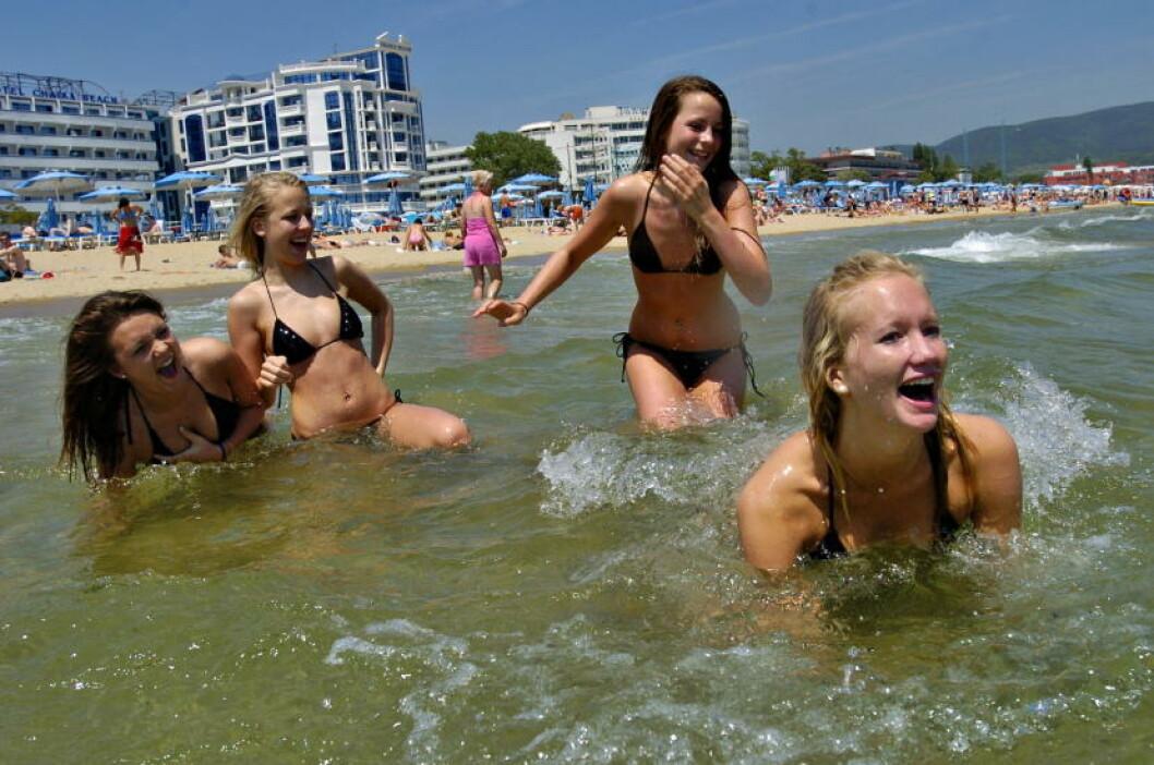<strong> BULGARIA:</strong>  Badeliv på den bulgarske solkysten Sunny Beach. Foto: TRULS BREKKE