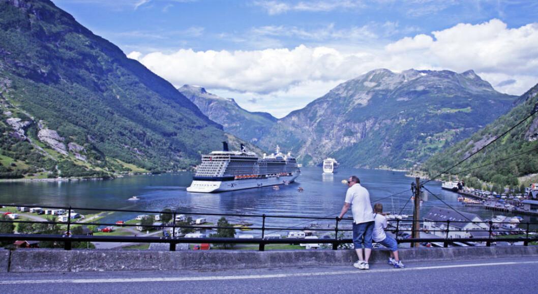 <strong>GEIRANGER:</strong> Den 15 kilometer lange Geirangerfjorden er et av Norges mest besøkte turistmål. Her finner du Brudesløret, De Syv søstre, Ørnesvingen, Flydalsjuvet og Dalsnibba -  alle kjente attraksjoner for cruiseturistene. Foto: EIVIND PEDERSEN
