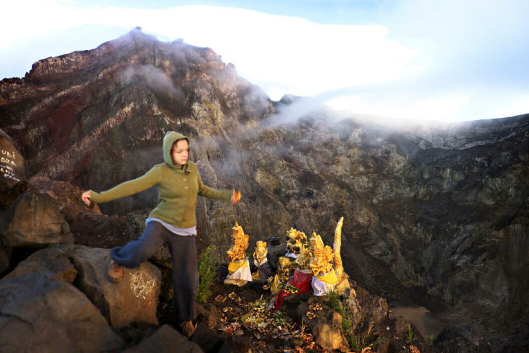 OFFERSTED: Offersted på kanten av krateret til vulkanen. Balineserne tuller ikke med gudene. Foto: ANITA ARNTZEN