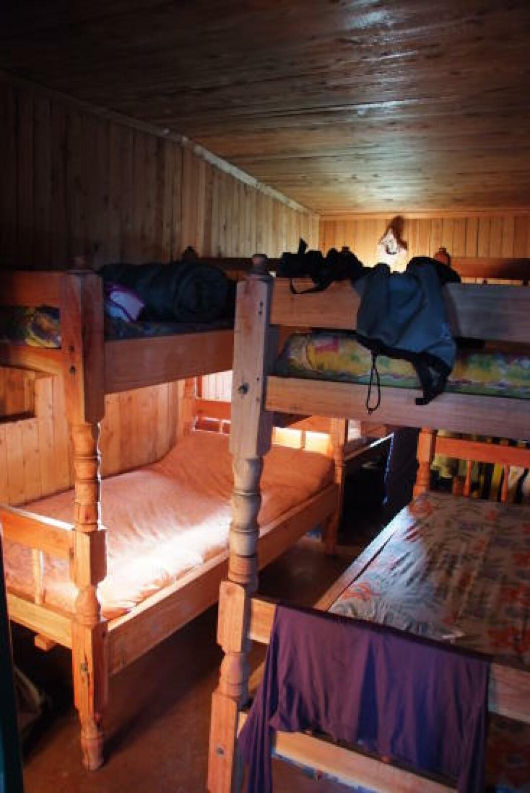 <strong>ENKEL STANDARD:</strong> Alle campene har enkel, men ren og hyggelig innkvartering. Foto: TORILD MOLAND