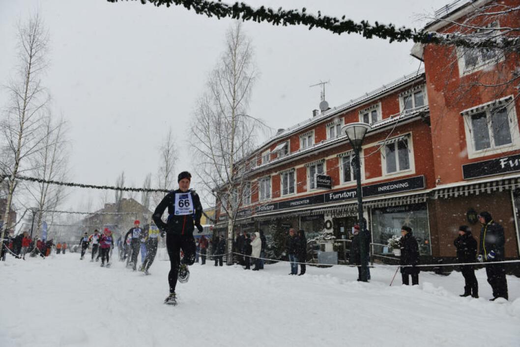 <strong>EVIG OG TRUGE:</strong> Et av aktivitetstilbudene i Rättvik blir truger - om enn ikke gjennom sentrum som i starten på det årlige Siljan Snowshoe Race. Foto: GJERMUND GLESNES