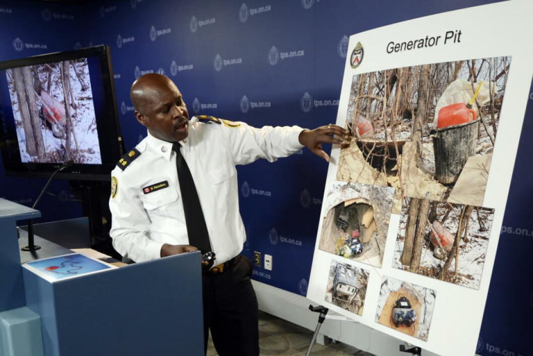 <strong>TUNNEL-FUNN:</strong> Politiet i Toronto i Canada har funnet en tunnel i byen som de ikke aner hvem som har laget. Den er ti meter lang og er så høy at en voksen person kan stå oppreist. Saken omtales som et mysterium i USA. Foto: REUTERS/Aaron Harris