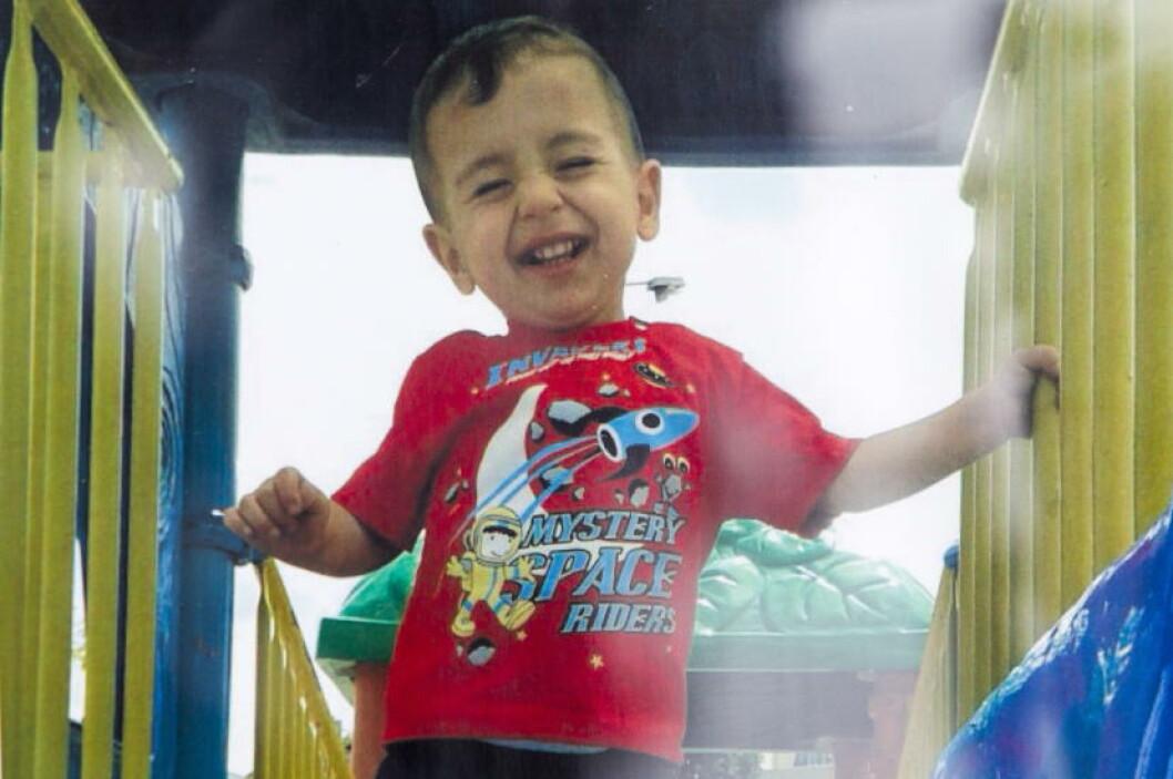 <strong>- VAR PÅ VEI TIL SVERIGE:</strong> Aylan og familien skal ifølge CNN ha vært på vei til Sverige. Det er faren som forteller dette, ifølge kanalen. Foto: REUTERS/Kurdi family/Handout via Reuters/NTB Scanpix