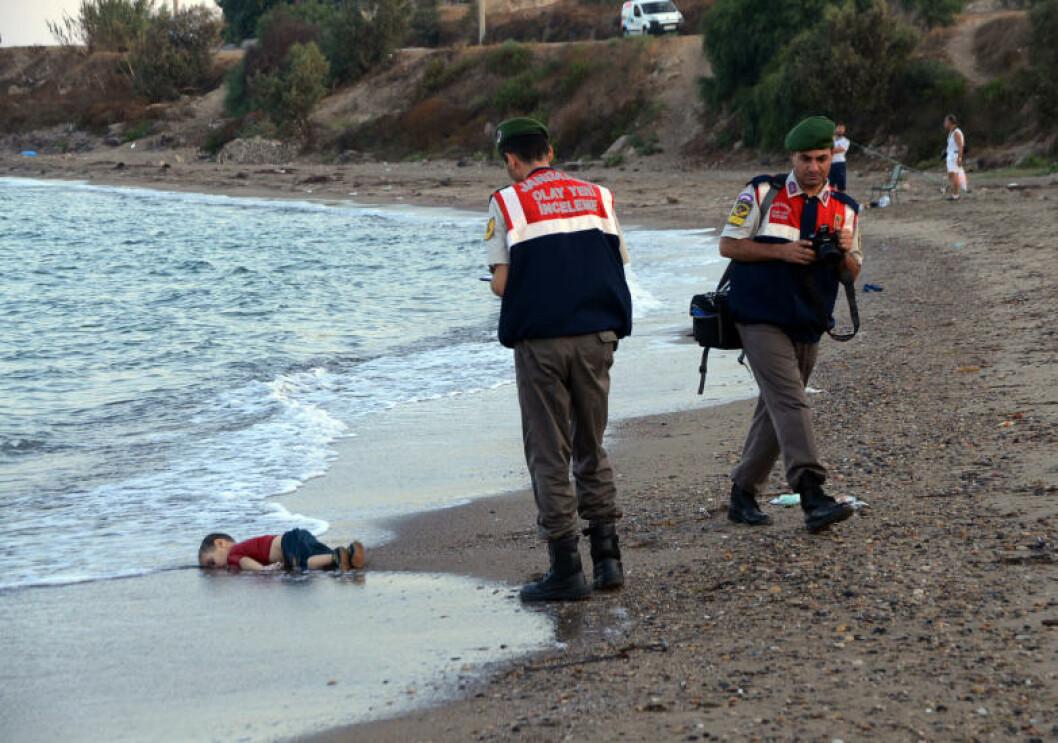 <strong>BLE TRE ÅR:</strong> Aylan (3) og broren Galip (5) døde sammen med sin mor. Guttenes pappa overlevde ferden. Foto: AP Photo/DHA/NTB Scanpix