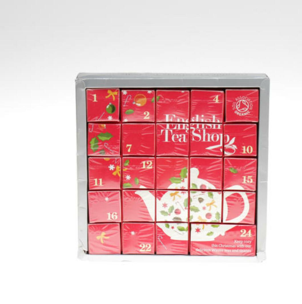 <strong>FOR TEELSKEREN:</strong> Det er umulig å sammeligne denne med sjokoladekalenderne, men the English Tea Company har en kalender for teelskeren, med én ny smak hver dag. Foto: ELISABETH DALSEG