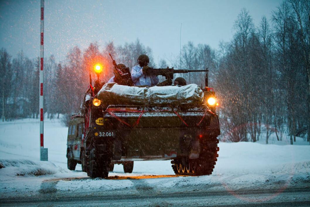 Hovedtyngden av operasjonene på land foregår mellom Setermoen og Nordkjosbotn i Troms. Her er danskene i aksjon. Foto: Erik Drabløs/Forsvaret